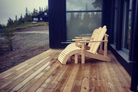 Møbler fra Reint Tre Norge AS